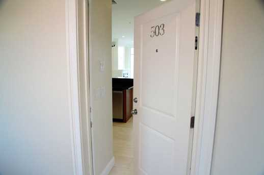 586 West Thames Street #601 - Photo 23