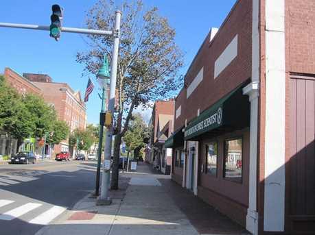 872 Main Street - Photo 3