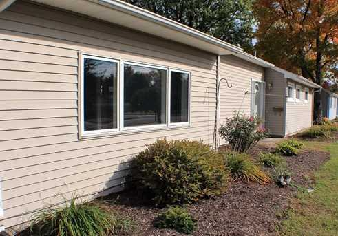 390 Green Manor Terrace - Photo 17