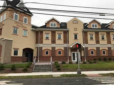 211 Farmington Avenue #1A+1B - Photo 1
