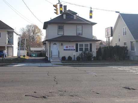 353 Bridgeport Avenue - Photo 3