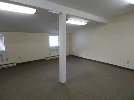189 Middlesex Avenue - Photo 7