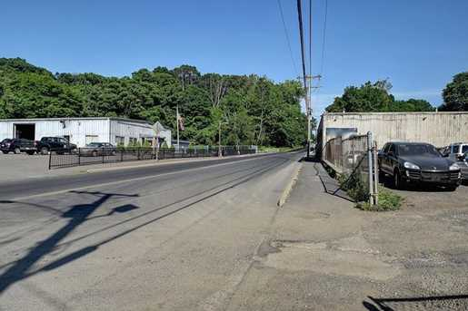 251 Rubber Avenue - Photo 3