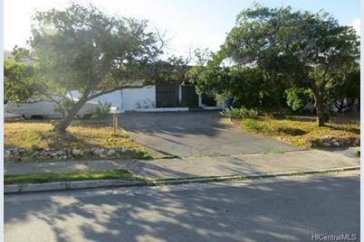 4218 Kaimanahila Street - Photo 1