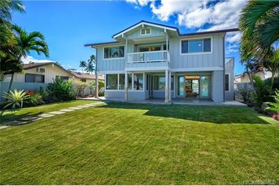 7042 Kalanianaole Highway - Photo 1