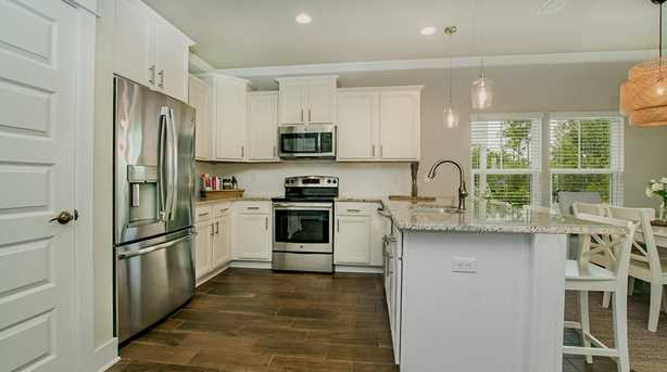 186 Montclair Avenue - Photo 5