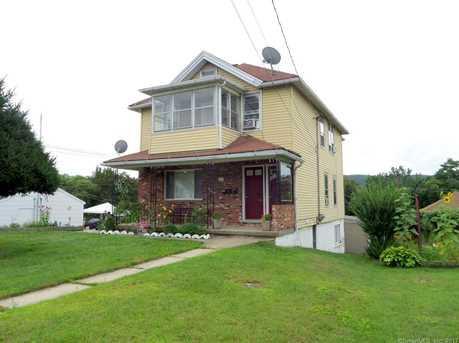 114 High St, Naugatuck, CT 06770 - MLS 170003072 - Coldwell Banker