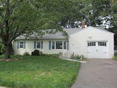 11 Quaker Road - Photo 1