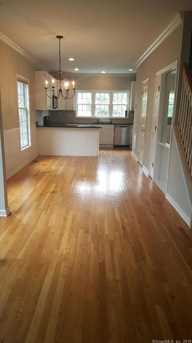 124 East Avenue - Photo 3