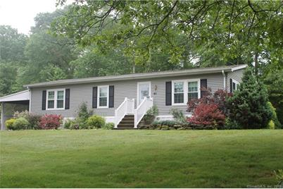 97 colchester cmns colchester ct 06415 mls 170065780 coldwell rh coldwellbankerhomes com