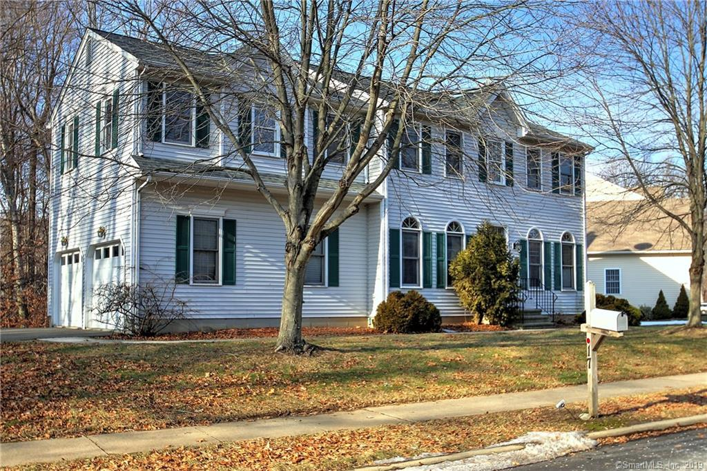 17 Settlers Ridge Rd, Milford, CT 06460 - MLS 170185377 - Coldwell Banker