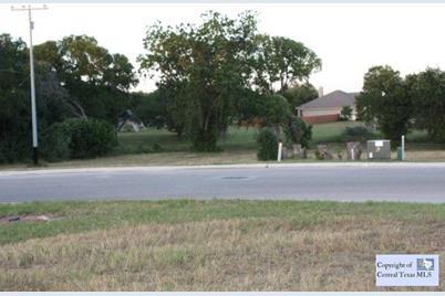 601 Oak Creek Parkway - Photo 1
