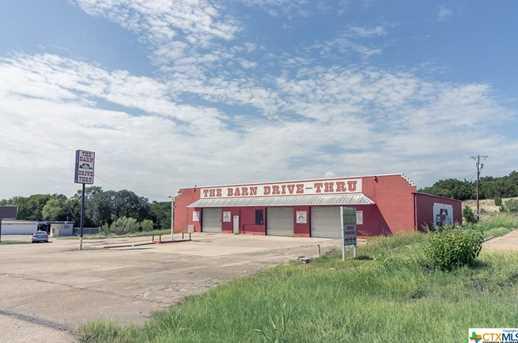 537 W Veterans Memorial - Photo 3
