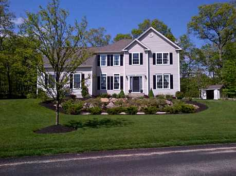 4 Rockland Rd - Photo 1