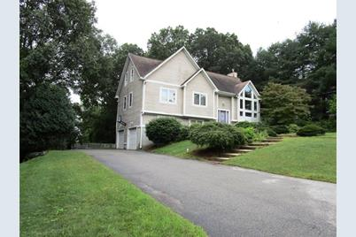 11 Heritage Dr Lincoln Ri 02865 Mls 1204200 Coldwell Banker