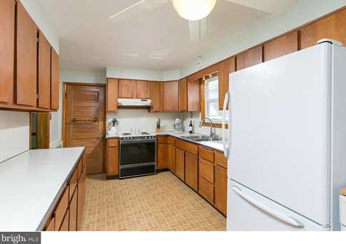 428 Lakeview Avenue - Photo 9