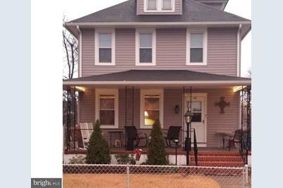 136 Lippincott Avenue - Photo 1