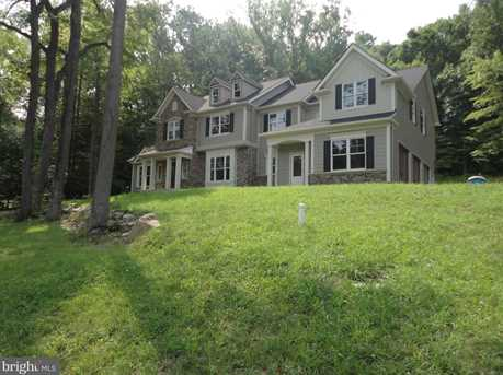 2558 Kings Mill Road - Photo 3