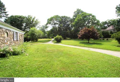 1247 Country Club Rd - Photo 15