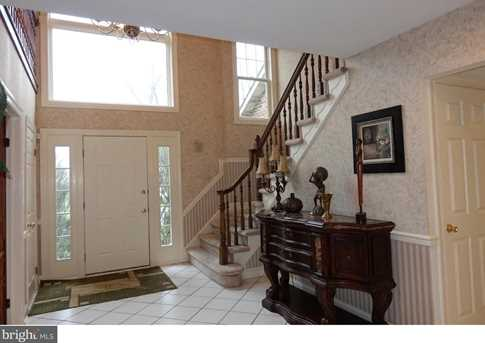136 Country Club Drive - Photo 7