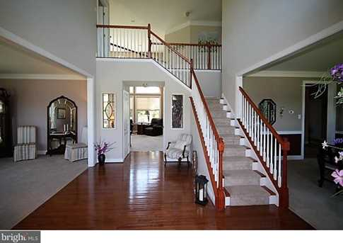 505 Raintree Circle - Photo 3