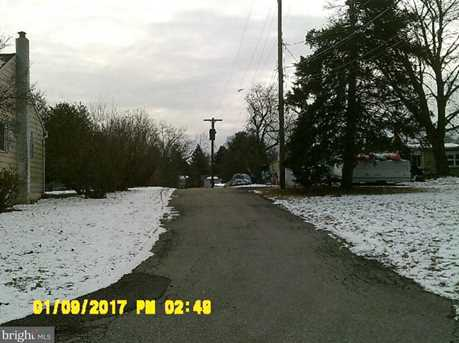 238 Root Ave - Photo 1