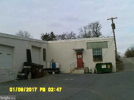 238 Root Ave - Photo 5