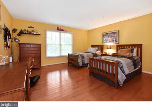 289 Watch Hill Road - Photo 13