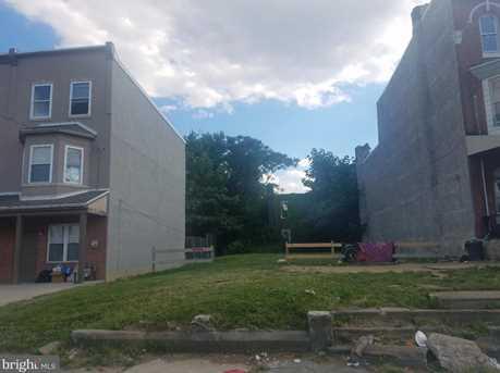 1636 W Erie Avenue - Photo 3