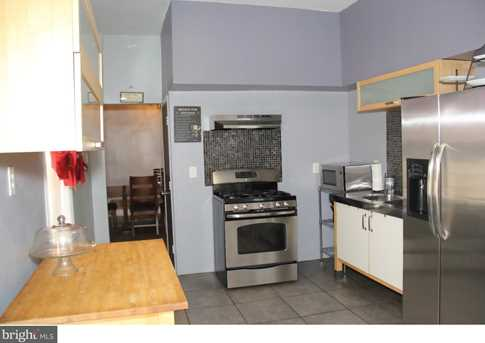 527 W Oxford Street - Photo 9