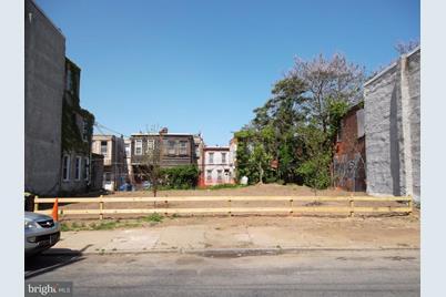 2406 N 18th Street - Photo 1