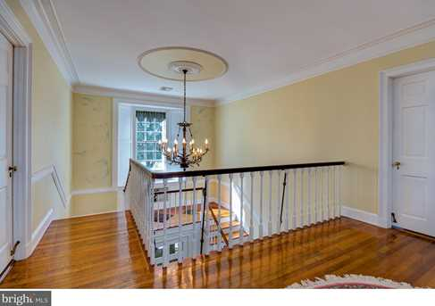 631 Chester Ave - Photo 13