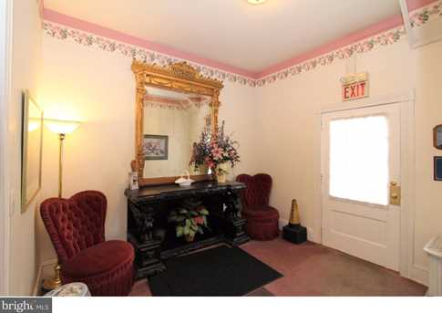 334 Chester Ave - Photo 11