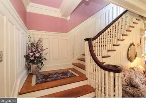 334 Chester Ave - Photo 3