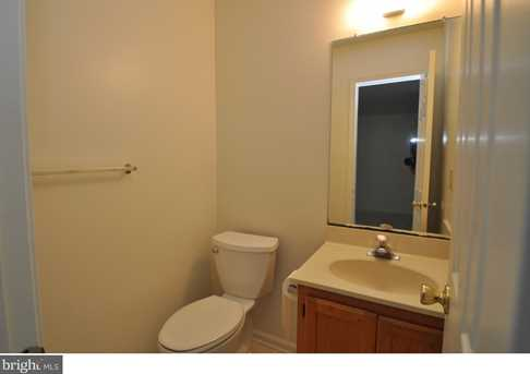 504 Lindsley Court - Photo 11