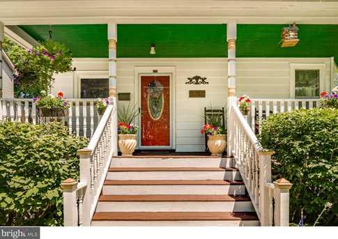 429 Linden Avenue - Photo 1