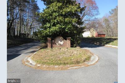 141 S Lexington Drive - Photo 1