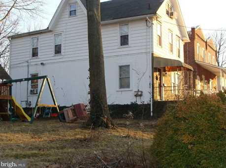 110 Chester Pike - Photo 3