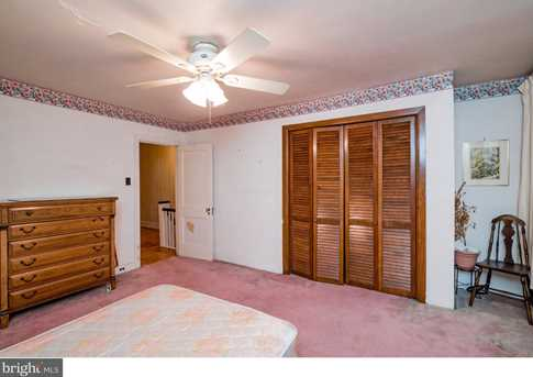 395 Lakeview Avenue - Photo 15