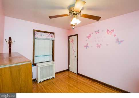395 Lakeview Avenue - Photo 17