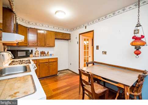 395 Lakeview Avenue - Photo 11