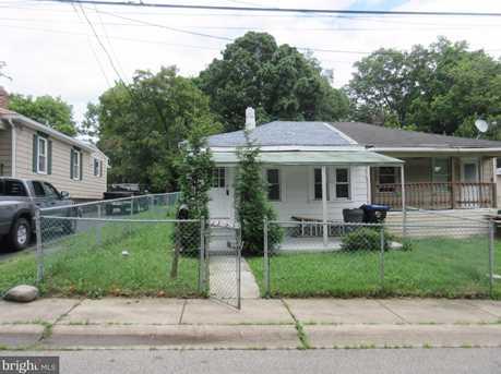 2313 Thomas Avenue - Photo 1