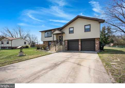 16 Lakeview Drive - Photo 3