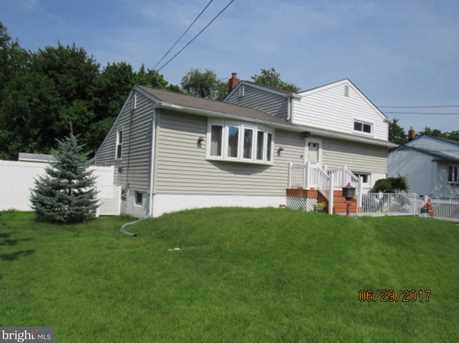 108 Sylvan Terrace - Photo 3