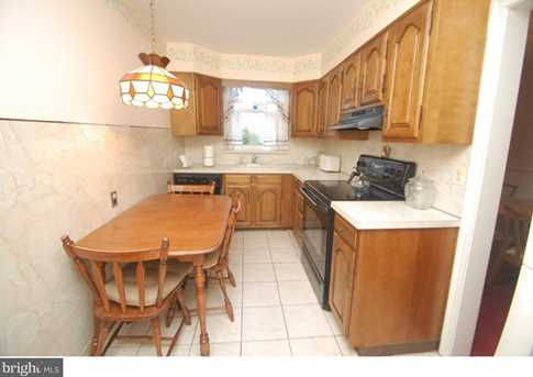 261 S Bayberry Ave - Photo 9