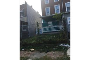 2110 Cemetery Avenue - Photo 1