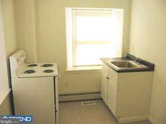 8110 West Chester Pike - Photo 9