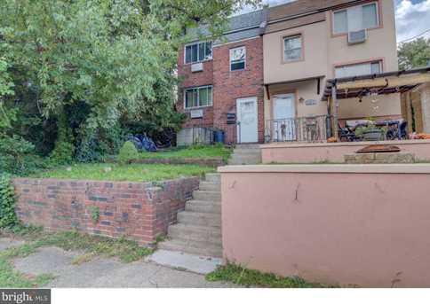 3223 Berkley Avenue - Photo 1
