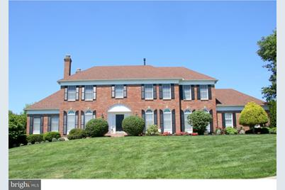 8 Foxview Circle - Photo 1