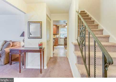 205 Holly Parkway - Photo 3